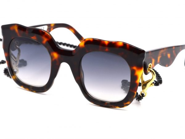 Laurence-D'ari-zonnebril-optiek-vermeulen-0220 (9)